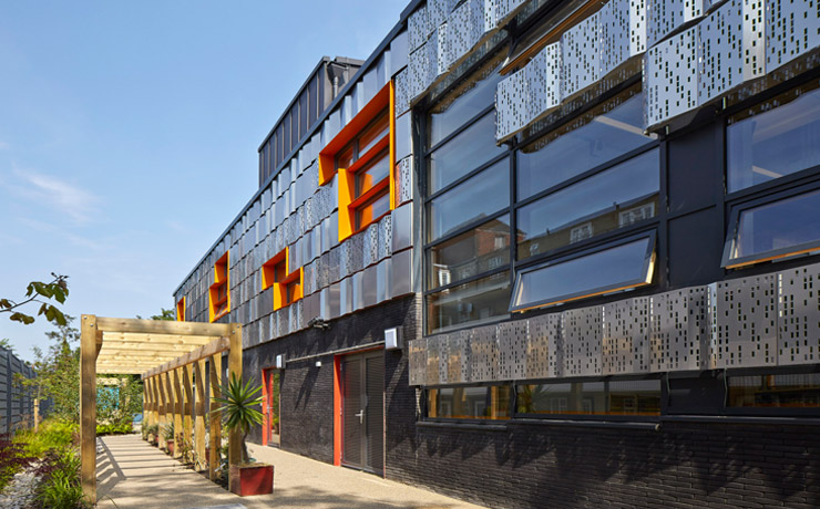 http://www.rhbpartnership.co.uk/projects/education/livity-school-streatham